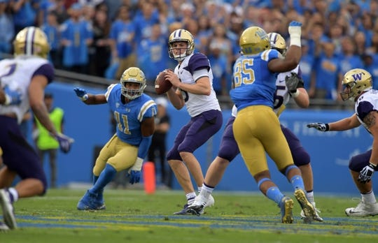 Oct 6, 2018; Pasadena, CA, USA; Washington Huskies quarterback Jake Browning (3) throws a pass in the first quarter against the UCLA Bruins at Rose Bowl. Mandatory Credit: Kirby Lee-USA TODAY Sports