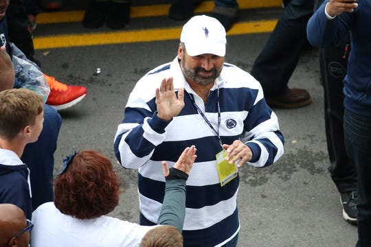 Oct 13, 2018; University Park, PA, USA; Penn State Nittany Lions former running back Franco Harris greats fans prior to the game between the Michigan State Spartans and the Penn State Nittany Lions at Beaver Stadium. Mandatory Credit: Rich Barnes-USA TODAY Sports