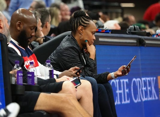 Oct 26, 2018; Sacramento, CA, USA; Court side fans on their mobile devices during the second quarter between the Sacramento Kings and the Washington Wizards at Golden 1 Center. Mandatory Credit: Kelley L Cox-USA TODAY Sports