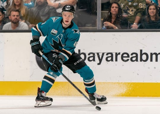Oct 20, 2018; San Jose, CA, USA; San Jose Sharks center Antti Suomela (40) controls the puck against the New York Islanders during the second period at SAP Center at San Jose. Mandatory Credit: Neville E. Guard-USA TODAY Sports