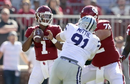 Oct 27, 2018; Norman, OK, USA; Oklahoma Sooners quarterback Kyler Murray (1) throws during the first quarter against the Kansas State Wildcats at Gaylord Family - Oklahoma Memorial Stadium. Mandatory Credit: Kevin Jairaj-USA TODAY Sports