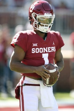 Oct 27, 2018; Norman, OK, USA; Oklahoma Sooners quarterback Kyler Murray (1) warms up before the game against the Kansas State Wildcats at Gaylord Family - Oklahoma Memorial Stadium. Mandatory Credit: Kevin Jairaj-USA TODAY Sports