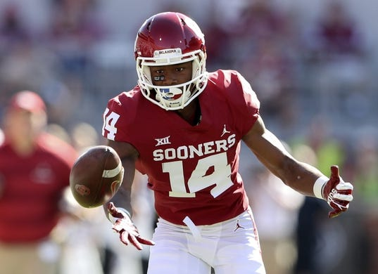 Oct 27, 2018; Norman, OK, USA; Oklahoma Sooners wide receiver Charleston Rambo (14) cannot make a catch during the first half against the Kansas State Wildcats at Gaylord Family - Oklahoma Memorial Stadium. Mandatory Credit: Kevin Jairaj-USA TODAY Sports