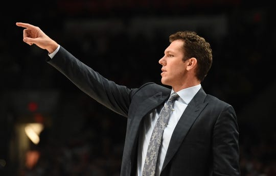 Nov 3, 2018; Portland, OR, USA; Los Angeles Lakers head coach Luke Walton signals to his team during the second half of the game against the Portland Trail Blazers at the Moda Center. The Lakers won the game 114-110. Mandatory Credit: Steve Dykes-USA TODAY Sports