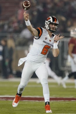 Nov 10, 2018; Stanford, CA, USA; Oregon State Beavers quarterback Jake Luton (6) warms up before the game against the Stanford Cardinal at Stanford Stadium. Mandatory Credit: Stan Szeto-USA TODAY Sports