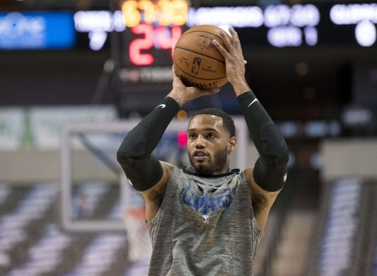 Dec 2, 2018; Dallas, TX, USA; LA Clippers forward Mike Scott (30) warms up before the game between the Dallas Mavericks and the LA Clippers at the American Airlines Center. Mandatory Credit: Jerome Miron-USA TODAY Sports