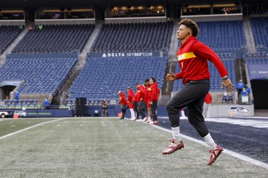 Dec 23, 2018; Seattle, WA, USA; Kansas City Chiefs quarterback Patrick Mahomes (15) participates in pregame warmups against the Seattle Seahawks at CenturyLink Field. Mandatory Credit: Joe Nicholson-USA TODAY Sports