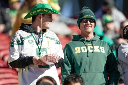 Dec 31, 2018; Santa Clara, CA, USA; Oregon Ducks fans watch the players before the game against the Michigan State Spartans at Levi's Stadium. Mandatory Credit: Stan Szeto-USA TODAY Sports
