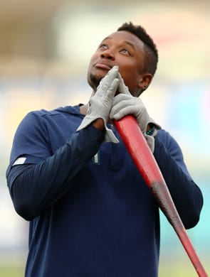 Apr 10, 2019; Kansas City, MO, USA; Seattle Mariners shortstop Tim Beckham (1) looks up during batting practice before the game against the Kansas City Royals at Kauffman Stadium. Mandatory Credit: Jay Biggerstaff-USA TODAY Sports