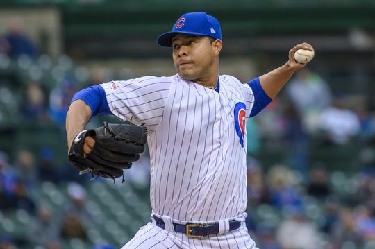 May 21, 2019; Chicago, IL, USA; Chicago Cubs starting pitcher Jose Quintana (62) pitches during the first inning against the Philadelphia Phillies at Wrigley Field. Mandatory Credit: Patrick Gorski-USA TODAY Sports