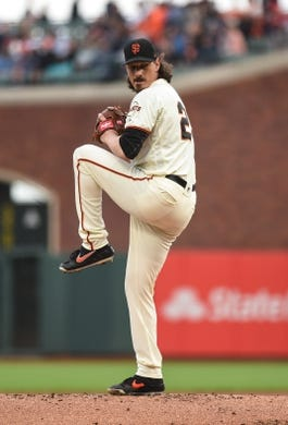 Aug 5, 2019; San Francisco, CA, USA; San Francisco Giants pitcher Jeff Samardzija (29) delivers against the Washington Nationals in the first inning at Oracle Park. Mandatory Credit: Cody Glenn-USA TODAY Sports