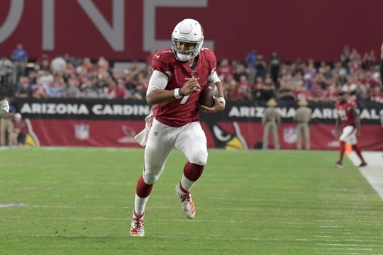 Aug 15, 2019; Glendale, AZ, USA; Arizona Cardinals quarterback Brett Hundley (7) carries the ball against the Oakland Raiders during an NFL football game. The Raiders defeated the Cardinals 33-26. Mandatory Credit: Kirby Lee-USA TODAY Sports