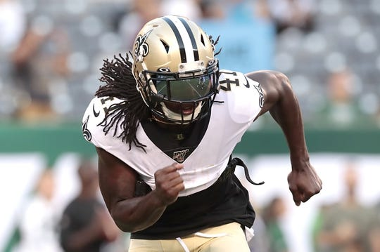 Aug 24, 2019; East Rutherford, NJ, USA; New Orleans Saints running back Alvin Kamara (41) warms up before playing against the New York Jets at MetLife Stadium. Mandatory Credit: Vincent Carchietta-USA TODAY Sports