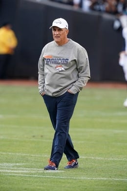 Sep 9, 2019; Oakland, CA, USA; Denver Broncos head coach Vic Fangio before the game against the Oakland Raiders at Oakland Coliseum. Mandatory Credit: Kirby Lee-USA TODAY Sports