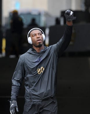 Oct 6, 2019; Pittsburgh, PA, USA; Baltimore Ravens wide receiver Miles Boykin (80) heads out to warm up before playing against the Pittsburgh Steelers at Heinz Field. Mandatory Credit: Philip G. Pavely-USA TODAY Sports