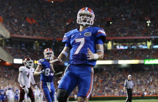 Sep 5, 2015; Gainesville, FL, USA; Florida Gators quarterback Will Grier (7) runs the ball in for a touchdown against the New Mexico State Aggies during the second quarter at Ben Hill Griffin Stadium. Mandatory Credit: Kim Klement-USA TODAY Sports