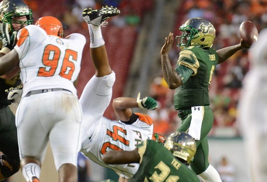 Sep 5, 2015; Tampa, FL, USA; South Florida Bulls quarterback Quentin Flowers (9) throws the ball during the  half against the Florida A & M Rattlers at Raymond James Stadium. Mandatory Credit: Jonathan Dyer-USA TODAY Sports