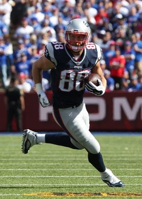 Sep 20, 2015; Orchard Park, NY, USA; New England Patriots wide receiver Danny Amendola (80) against the Buffalo Bills at Ralph Wilson Stadium. Patriots defeat the Bills 40 to 32.  Mandatory Credit: Timothy T. Ludwig-USA TODAY Sports