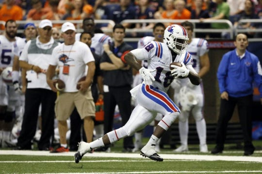 Oct 10, 2015; San Antonio, TX, USA; Louisiana Tech Bulldogs wide receiver Sanford Seay (18) runs after a catch against the UTSA Roadrunners during the first half at Alamodome. Mandatory Credit: Soobum Im-USA TODAY Sports