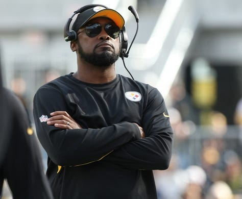 Nov 1, 2015; Pittsburgh, PA, USA; Pittsburgh Steelers head coach Mike Tomlin against the Cincinnati Bengals during the first half at Heinz Field. Mandatory Credit: Jason Bridge-USA TODAY Sports