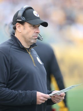 Nov 1, 2015; Pittsburgh, PA, USA; Pittsburgh Steelers offensive coordinator Todd Haley looks on against the Cincinnati Bengals during the third quarter at Heinz Field. The Bengals won 16-10. Mandatory Credit: Charles LeClaire-USA TODAY Sports