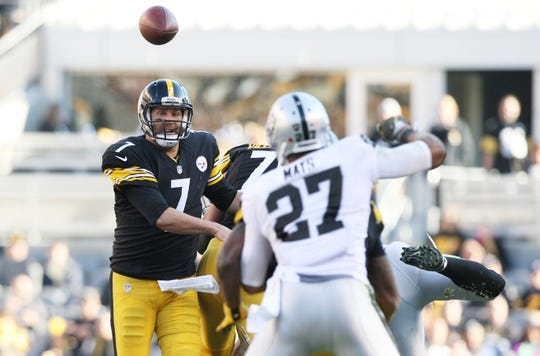 Nov 8, 2015; Pittsburgh, PA, USA; Pittsburgh Steelers quarterback Ben Roethlisberger (7) throws a pass against the Oakland Raiders during the first half at Heinz Field. Mandatory Credit: Jason Bridge-USA TODAY Sports