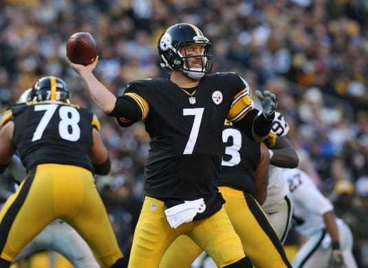 Nov 8, 2015; Pittsburgh, PA, USA; Pittsburgh Steelers quarterback Ben Roethlisberger (7) throws a pass against the Oakland Raiders during the second half at Heinz Field. The Steelers won the game, 38-35. Mandatory Credit: Jason Bridge-USA TODAY Sports
