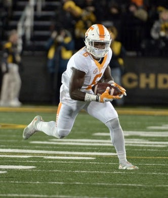 Nov 21, 2015; Columbia, MO, USA; Tennessee Volunteers running back Alvin Kamara (6) runs the ball during the first half against the Missouri Tigers at Faurot Field. Mandatory Credit: Denny Medley-USA TODAY Sports