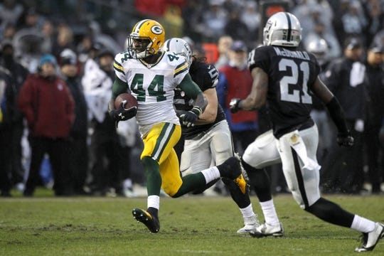Dec 20, 2015; Oakland, CA, USA; Green Bay Packers running back James Starks (44) runs the ball against the Oakland Raiders in the fourth quarter at O.co Coliseum. The Packers defeated the Raiders 30-20. Mandatory Credit: Cary Edmondson-USA TODAY Sports