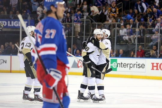 Pittsburgh Penguins at New York Rangers 83218afa3