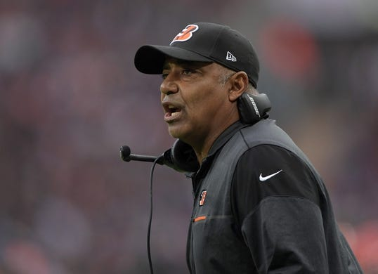 Oct 30, 2016; London, United Kingdom; Cincinnati Bengals coach Marvin Lewis reacts in the second quarter against the Washington Redskins during game 17 of the NFL International Series at Wembley Stadium. Mandatory Credit: Kirby Lee-USA TODAY Sports