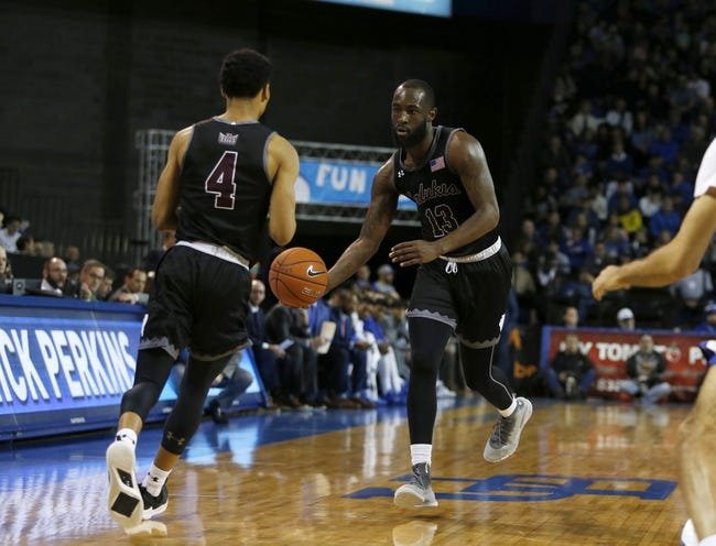 Southern Illinois at Loyola Chicago: 3/5/21 College Basketball Picks and Prediction