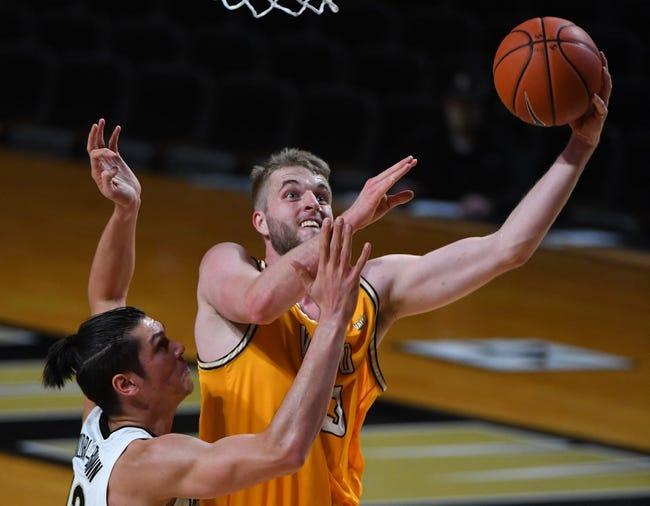 Loyola-Chicago at Valparaiso: 1/20/21 College Basketball Picks and Prediction