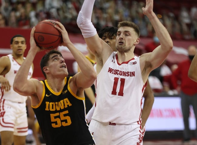 Wisconsin at Iowa: 3/7/21 College Basketball Picks and Prediction
