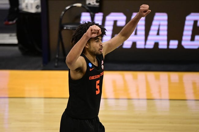 Oregon State at Loyola-Chicago: 3/27/21 College Basketball Picks and Prediction