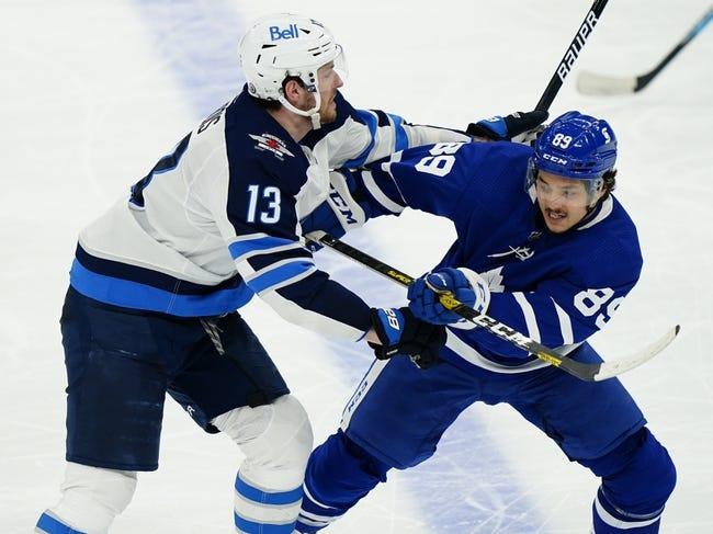 Toronto Maple Leafs at Winnipeg Jets - 4/22/21 NHL Picks and Prediction