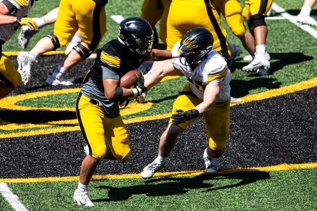 Indiana at Iowa: 9/4/21 College Football Picks and Predictions