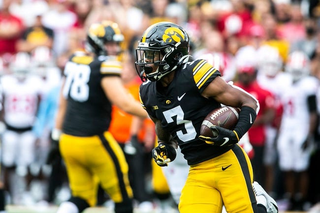 Kent State at Iowa 9/18/21 College Football Picks and Predictions
