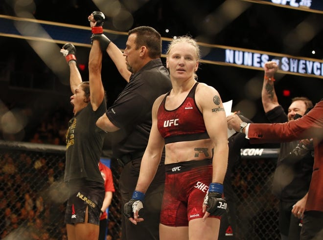 Valentina Shevchenko loses to Amanda Nunes UFC 215